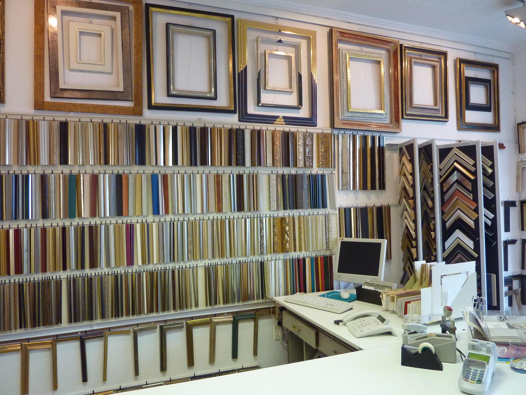 hubert schwei helm bilderrahmen einrahmungen bilderrahmenbilderrahmen einrahmungen hannover. Black Bedroom Furniture Sets. Home Design Ideas
